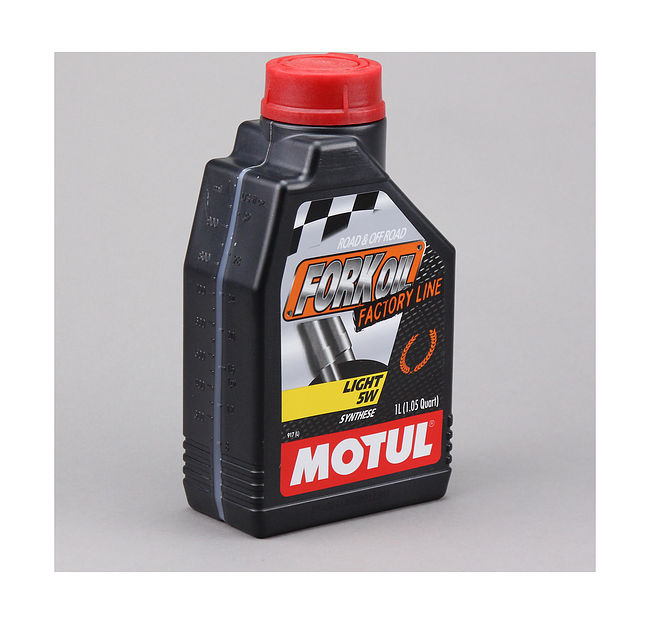 масло вилочное Motul Fork Oil Factory Line Light 5W, 1 л цена 101130  (art-00105467) 2