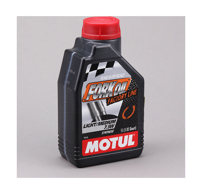 масло вилочное Motul Fork Oil Factory Line Light/Medium 7.5W, 1 л купить 101127  (art-00105468) 1