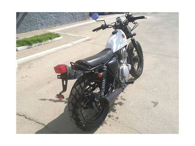 SUZUKI GRASSTRACKER 250