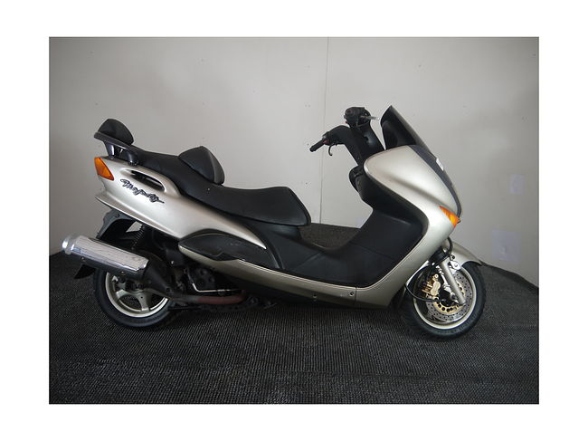 YAMAHA MAJESTY 125