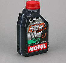 Масло вилочное Motul Fork Oil Factory Line Medium 10W, 1 л синтетика